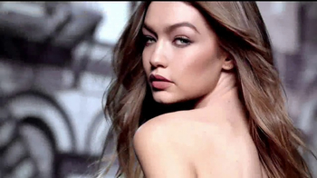Maybelline Color Sensational Inti-Matte Nudes TV Spot, 'Íntimo' [Spanish] - Thumbnail 1