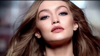 Maybelline Color Sensational Inti-Matte Nudes TV Spot, 'Íntimo' [Spanish] - Thumbnail 7