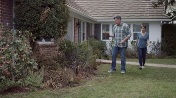 Lowe's Refresh Your Outdoors Event TV Spot, 'The Moment: Perennials' - Thumbnail 1