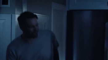 LG InstaView Door-in-Door Refrigerator TV Spot, 'Midnight Snack' - Thumbnail 4