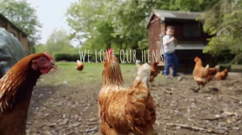 Nellie's Free Range Eggs TV Spot, 'Hens Are Friends' Song by Bob Dylan - Thumbnail 9
