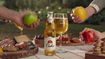 Stella Artois Cidre TV Spot, 'Three Apples' - Thumbnail 7
