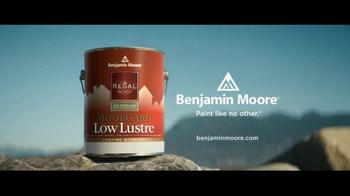 Benjamin Moore Regal Select TV Spot, 'Stunning New Life' - Thumbnail 9
