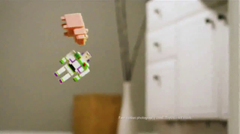 Disney Crossy Road Pixel Collectibles TV Spot, 'Celebrate' - Thumbnail 8