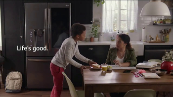 LG InstaView Door-in-Door Refrigerator TV Spot, 'Knock Knock' - Thumbnail 9