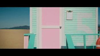 Benjamin Moore Aura Grand Entrance TV Spot, 'This Bright' - Thumbnail 8