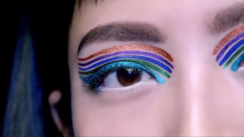 Maybelline Lasting Drama Waterproof Gel Pencil TV Spot, 'Ultra Smooth' - Thumbnail 2
