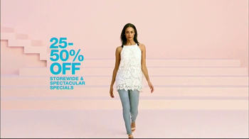 Macy's Wardrobe Sale TV Spot, 'Spring Update' - Thumbnail 4