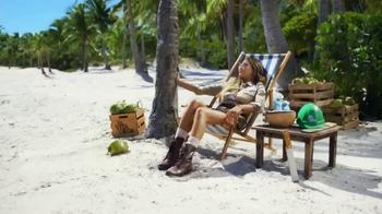Vita Coco TV Spot, 'The Vita Coco Plant Manager' Featuring Chrissy Teigen - Thumbnail 5