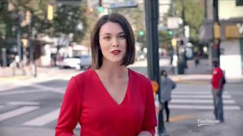 TaxSlayer.com TV Spot, 'Sidewalk Hero: Free Federal and State' - Thumbnail 3