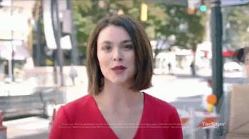 TaxSlayer.com TV Spot, 'Sidewalk Hero: Free Federal and State' - Thumbnail 5