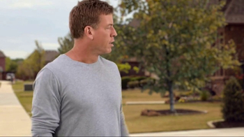 Acme Brick TV Spot, 'Autograph' Featuring Troy Aikman - Thumbnail 2