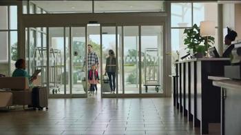 Holiday Inn TV Spot, 'Smiles Ahead' - Thumbnail 1