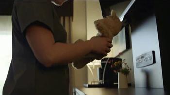 Holiday Inn TV Spot, 'Smiles Ahead' - Thumbnail 4