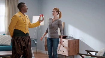 Command Picture Hanging Strips TV Spot, 'Hammer's Toolbox' Feat. MC Hammer - Thumbnail 5