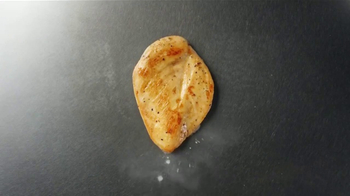 Wendy's Fresh Mozzarella Chicken Sandwich and Salad TV Spot, 'Taste Fresh' - Thumbnail 4