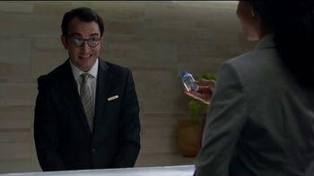 Hotels.com TV Spot, 'Tiny Water' - Thumbnail 3
