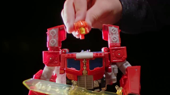 Transformers: Titans Return TV Spot, 'In Your Hands' - Thumbnail 2