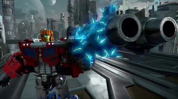 Transformers: Titans Return TV Spot, 'In Your Hands' - Thumbnail 4