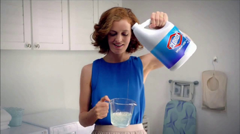 Clorox Splash-Less Bleach TV Spot, 'Shine On, Klutzes: Hail' - Thumbnail 9