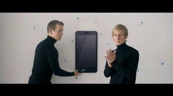 Motorola Moto Z2 TV Spot, 'Different Is Better: Projector Mod'