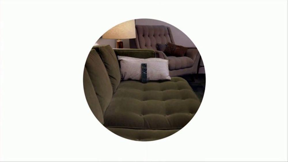 Google Home Mini TV Commercial, 'Remote'