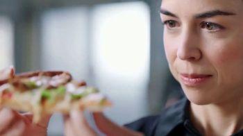 Papa John's Pan Pizza TV Spot, 'Verificar nuestro trabajo' [Spanish] - Thumbnail 1