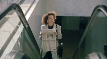 The Wall Street Journal TV Spot, 'Don't Wait' Song by Frankie Valli - Thumbnail 6
