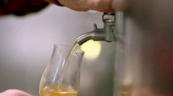 Angry Orchard TV Spot, 'Cider Lessons: Ep. 1: Apples to Apples' - Thumbnail 6