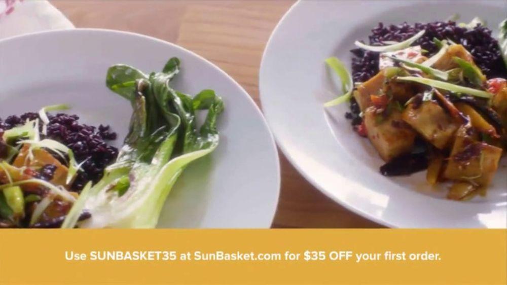 Sun Basket TV Commercial, 'Healthy Recipes to My Door'