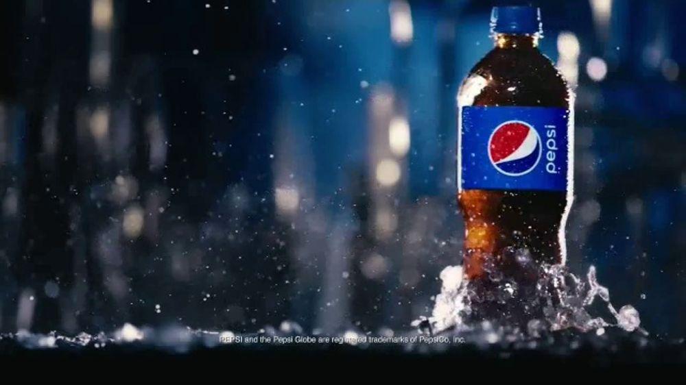 Pepsi TV Commercial, 'Bottle Glide' - Video