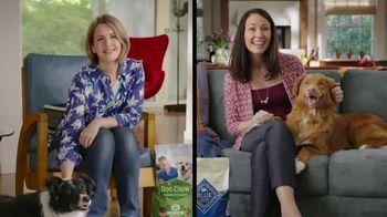 Blue Buffalo Life Protection Formula TV Spot, 'Blue Buffalo vs. Dog Chow' - 2471 commercial airings
