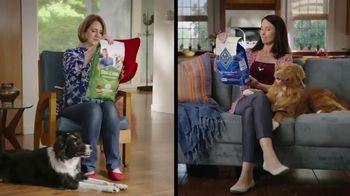 Blue Buffalo Life Protection Formula TV Spot, 'Blue Buffalo vs. Dog Chow' - Thumbnail 4