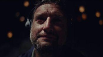 Bose QuietComfort 35 Headphones II TV Spot, 'Hope' - Thumbnail 4