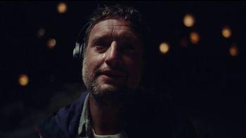 Bose QuietComfort 35 Headphones II TV Spot, 'Hope' - Thumbnail 6