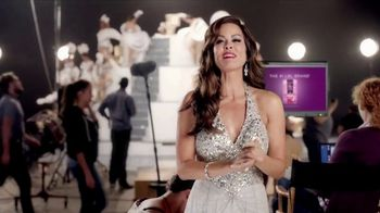 Poise Pads TV Spot, 'LBL Talk' Featuring Brooke Burke-Charvet - Thumbnail 7