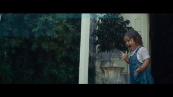 Citi TV Spot, 'Rain' Song by Gene Kelly - Thumbnail 10