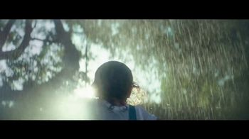 Citi TV Spot, 'Rain' Song by Gene Kelly - Thumbnail 5