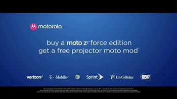 Motorola Moto Z Droid TV Spot, 'Different Is Better: Free Projector Mod' - Thumbnail 9