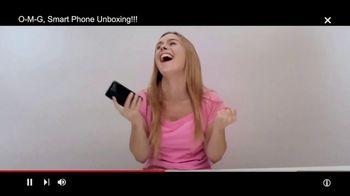 Motorola Moto Z Droid TV Spot, 'Different Is Better: Free Projector Mod' - Thumbnail 2