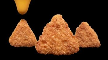 Taco Bell Naked Chicken Chips TV Spot, 'A Duo Worth Dipping' - Thumbnail 5