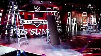 WWE Network TV Spot, '2017 WWE TLC: Tables, Ladders and Chairs' [Spanish] - Thumbnail 5