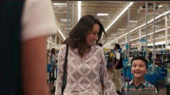 Walmart TV Spot, 'Lo que tú necesitas' canción de Aleks Syntek [Spanish] - Thumbnail 1