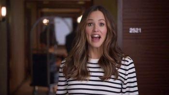 Capital One Venture TV Spot, 'Hotels.com: Ice Bucket' Feat. Jennifer Garner - Thumbnail 1