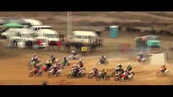 Incredible India TV Spot, 'The Yogi of the Racetrack' - Thumbnail 7