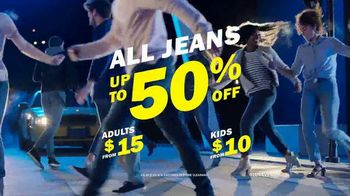 Old Navy The Power Jean TV Spot, 'Say Hi to New Denim' - Thumbnail 9