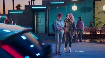 Old Navy The Power Jean TV Spot, 'Say Hi to New Denim' - Thumbnail 3