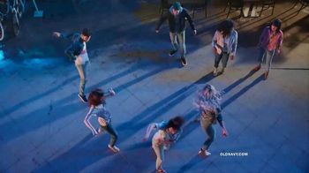 Old Navy The Power Jean TV Spot, 'Say Hi to New Denim' - Thumbnail 4