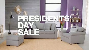 Macy's Presidents Day Sale TV Spot, 'Radley and Queen Mattresses' - Thumbnail 2