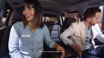 2018 Chevrolet Silverado 1500 TV Spot, 'Auto Show Cash'